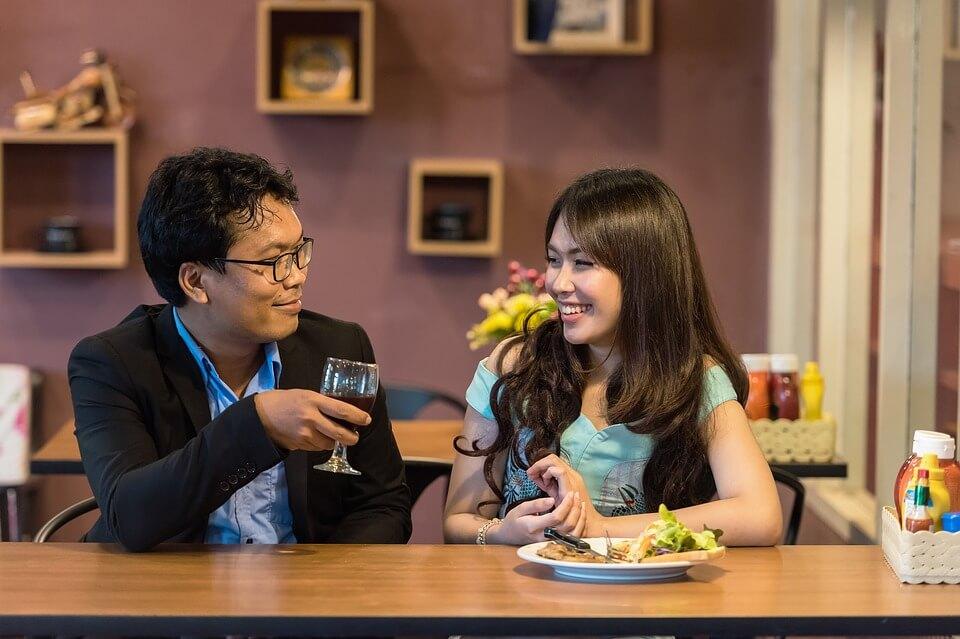 9 secrets pour obtenir un rencard après une 1h15 de flirt en ligne !